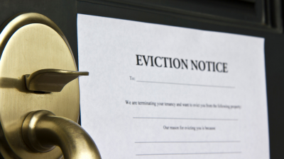 photo of eviction notice on door